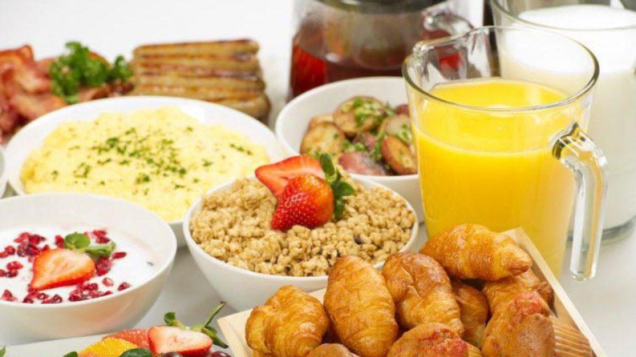 Spoilt for choice: a opulent brunch buffet.