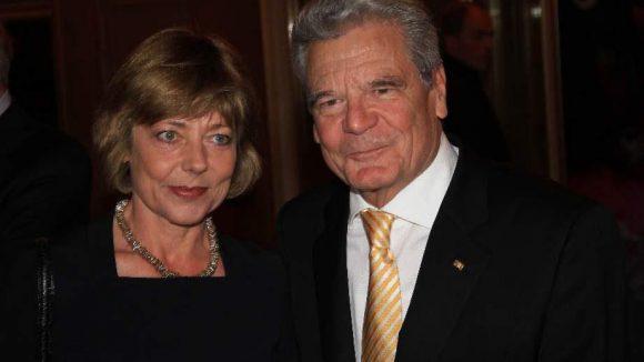 Unser Bundespräsident Joachim Gauck, in Begleitung seiner Lebensgefährtin Daniela Schadt, hielt auch eine Rede.