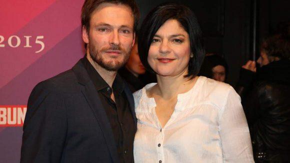 Ebenfalls im Humboldt Carré dabei waren Schauspielerin Jasmin Tabatabai mit Freund und Kollege Andreas Pietschmann.