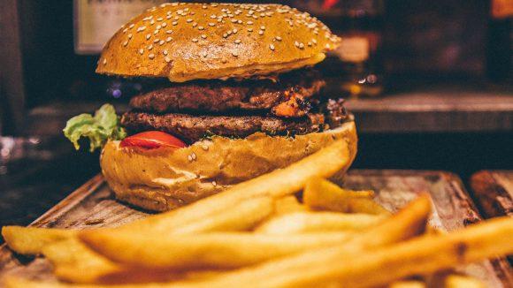 Rund um den Kotti gibt es gute Burger und viele weitere Leckereien.