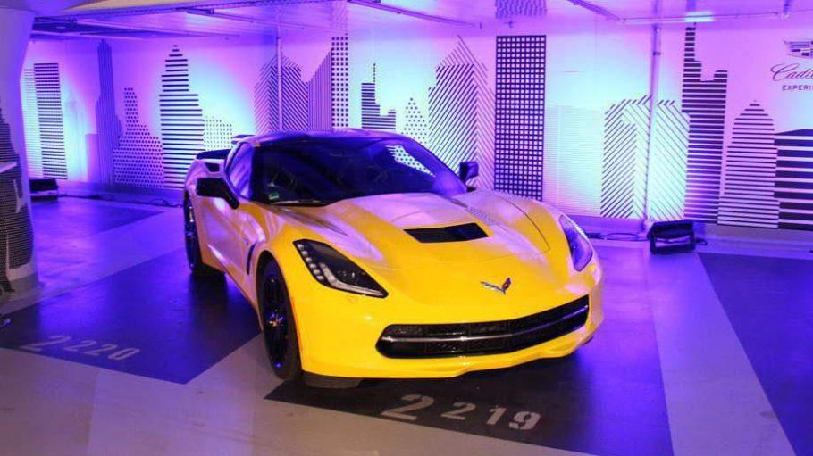 Das Parkhaus unter der Staatsoper hat sich verwandelt. In einen Showroom nämlich, in dem die Automarke Cadillac motorisierte Highlights präsentiert.