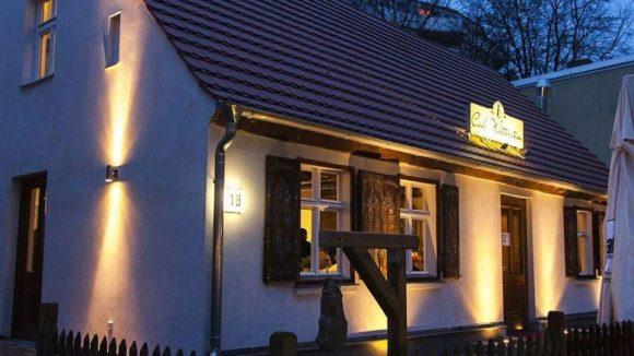 Schön romantisch: Das ehemalige Büdnerhaus in Alt-Tegel hat eine neue Bestimmung.