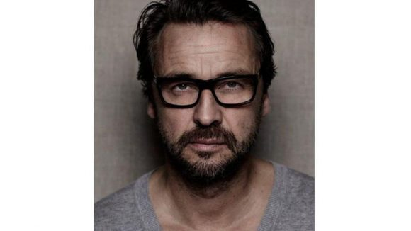 Sander hatte schon zahlreiche Prominente vor der Linse und ist vor allem für seine Porträtfotografien bekannt.