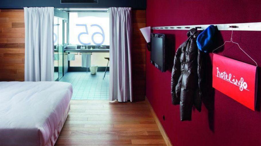 Das Casa Camper zählt definitiv zu den stylischen Exemplaren unter all den zentralen Hotels.
