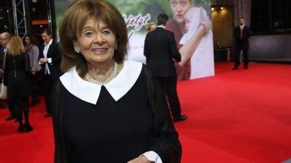 """Im Zoo-Palast feierte """"Sie heißt jetzt Lotte!"""" Deutschland-Premiere. Der Kurzfilm ist inspiriert von der Lebensgeschichte von Charlotte Knobloch. Die 82-Jährige ist die ehemalige Präsidentin des Zentralrats der Juden in Deutschland."""