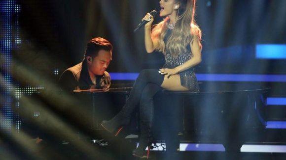 Ihren Namen sollte man sich merken: Chartstürmerin Ariana Grande wurde als Newcomerin geehrt.