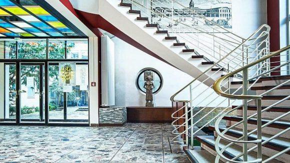 Architektonisches Schmuckstück aus den 60er Jahren.