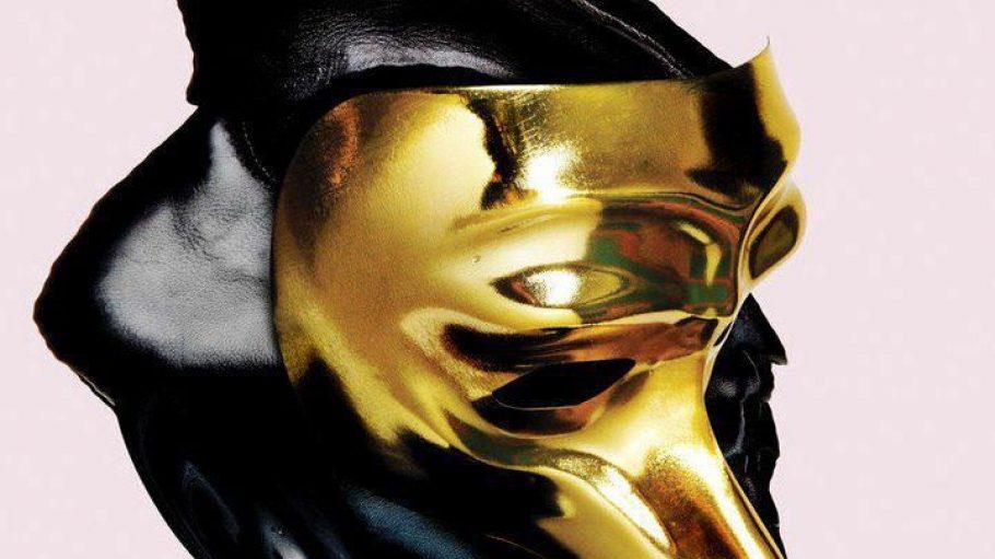 Markenzeichen von Musiker Claptone ist die goldene Vogelmaske.