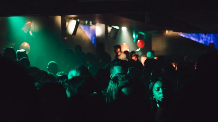 Wie können Clubs und Partys nachhaltiger werden? Akteure aus dem Berliner Nachtleben suchen Lösungen.