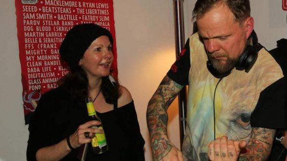 ... sowie DJ Totze von den Beatsteaks den Contdown für das erste Lollapalooma Festival in Berlin einläuteten. Das Musikevent steigt Mitte September.