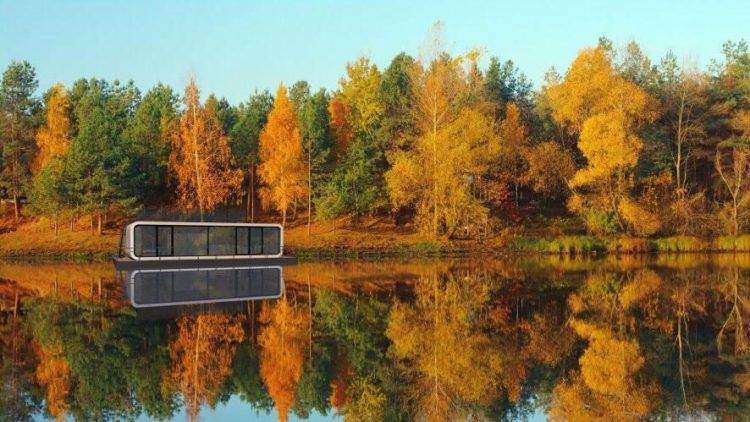 Das Modell Watercoodo mit rund 35 Quadratmetern Wohnfläche kann man sich an einem der schönen Brandenburger Seen durchaus vorstellen ...