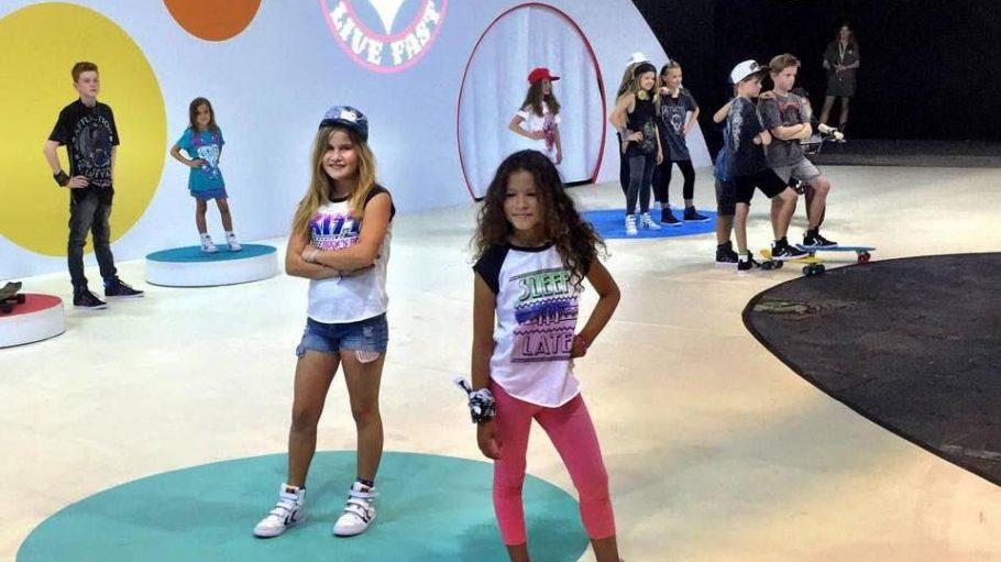 Zum ersten Mal in Berlin: die Cookies Show, auf der Iggy Pops Enkelin Erin Beson (vorne links) rockige Mode für Kinder präsentierte.