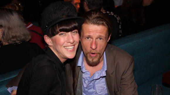Designerin Esther Perbandt und Schauspieler Alexander Scheer sind da schon lockerer.