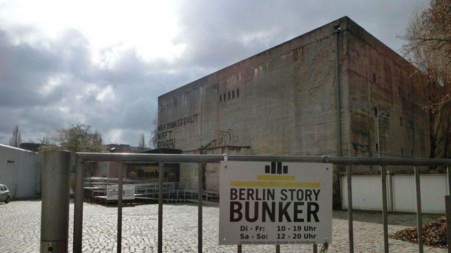 Bis Februar empfing das Berlin Story Museum seine Besucher in der Straße Unter den Linden. Jetzt hat es mit dem Anhalter Bunker einen neuen Standort mit besonderer Vergangenheit gefunden.
