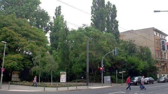 Begehrte Lage: Das Grundstück, für das der Senat der Firma von Jette Joop den Zuschlag gegeben hat, liegt an der Ackerstraße in Mitte.