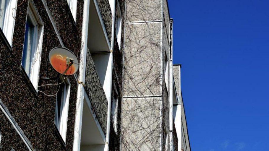 Ein Wohnblock in Potsdams Stadtteil Drewitz stellt in diesem Jahr den Austragungsort des Kulturfestivals LOCALIZE dar.