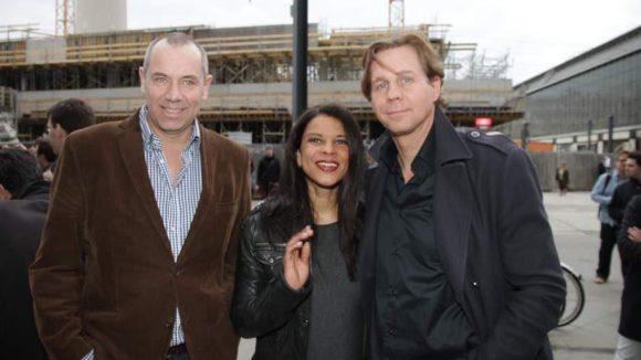 Schauspieler Thomas Heinze gehört auch zum Cast, hier mit seiner Freundin Jackie Brown und David Heinze.