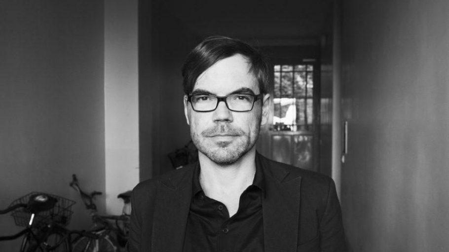 David Wagner lebt seit 1991 in Berlin.