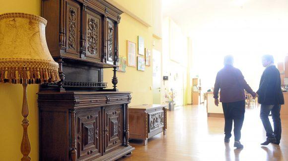 Unterstützung für Demenzkranke: In Steglitz wird gegen die Schließung einer Senioren-WG protestiert.