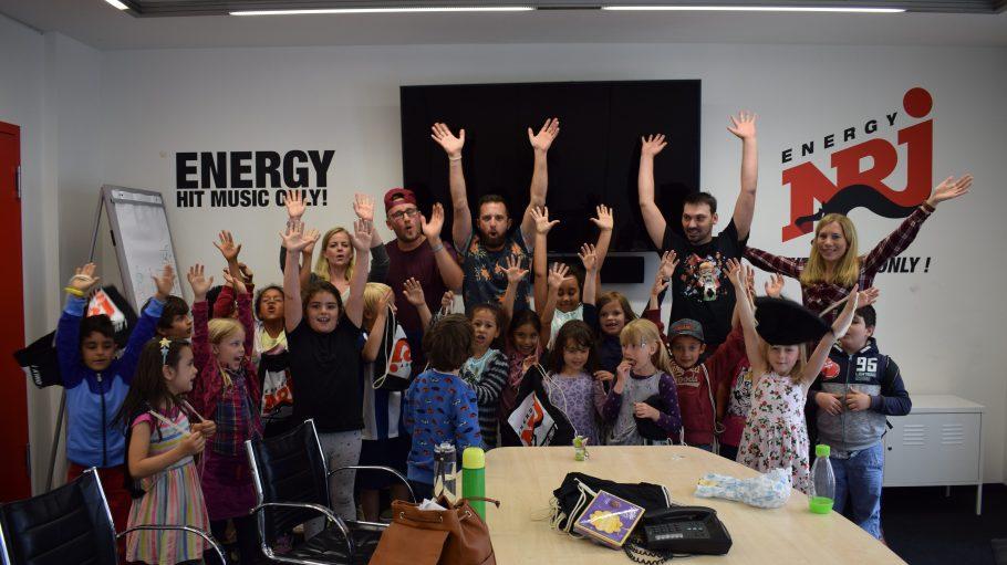 """""""Seine"""" 2A hat Nick auch schon zu einem Studiobesuch bei ENERGY eingeladen - ein Riesenspaß!"""