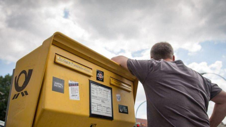 Das Warten hat ein Ende: Ab heute gehen die Mitarbeiter der Deutschen Post wieder an die Arbeit, nachdem sie sie im Juni niedergelegt hatten.
