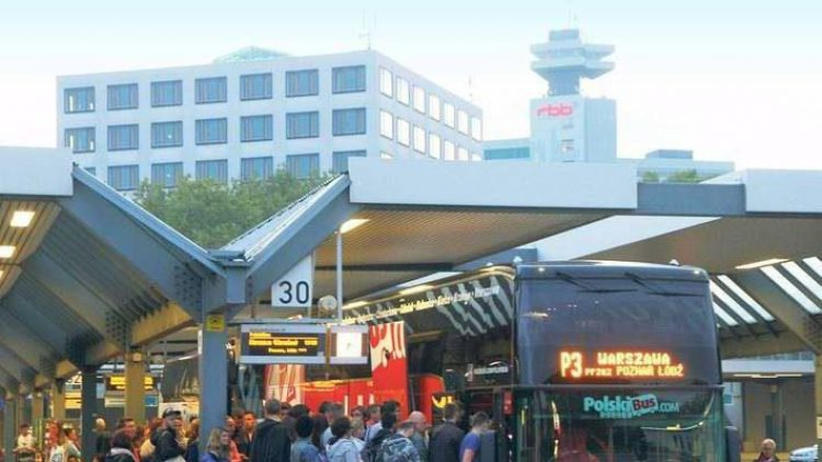 Bitte einsteigen. Der Zentrale Omnibusbahnhof soll so umgebaut werden, dass es auf gleicher Fläche mehr Haltestellen gibt.