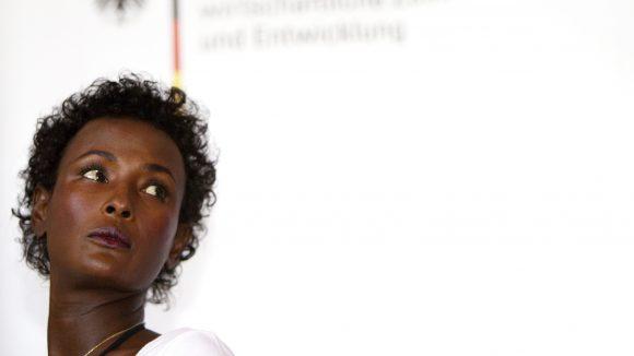 Ab Mitte September gibt es in Zehlendorf das erste klinische Zentrum für Frauen mit Genitalverstümmelungen. Die Schirmherrin, Waris Dirie, wird bei der Eröffnung ebenfalls anwesend sein.