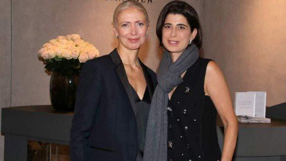 Im Laden der Designerin Dorothee Schumacher (r.) startete die Vogue-Chefredakteurin Christiane Arp ihren Rundgang.