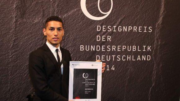 """Als Nachwuchstalent wurde Manuel Vogel für seine Diplomarbeit an der UdK """"Fabric Futures"""" geehrt."""