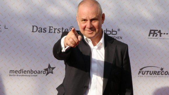 Schauspieler Joachim Krol: Freut er sich schon auf den Pokalsieg seines Lieblingsvereins gegen den FC Bayern?