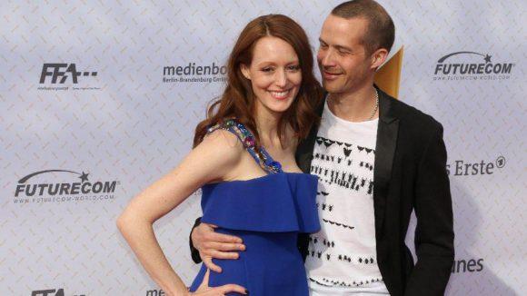 Nach der Schwangerschaft wieder da: Lavinia Wilson mit Freund Barnaby Metschurat.