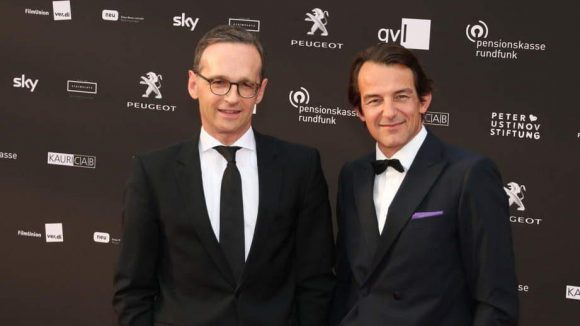 Die Politik vertrat Bundesjustizminister Heiko Maas (SPD). Neben ihm: Schauspieler Hans Werner Meyer.