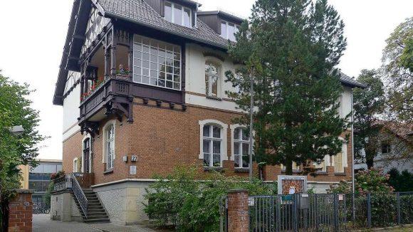 Die Max-von-Laue-Schule hat ihr schönes altes Gebäude in Lichterfelde wieder. Vorausgegangen war ein jahreslanges Bau- und Sanierungschaos.