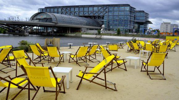 Die Metaxa -Strandbar am Humboldthafen muss jetzt schließen.