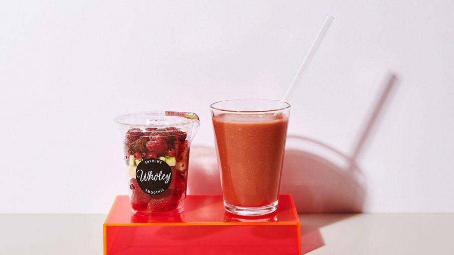Schockierend lecker: Die schockgefrorenen Früchte einfach mit etwas Wasser in den Mixer schmeißen und fertig ist der leckere Smoothie!
