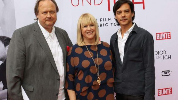 Regisseur Frédéric Tcheng (rechts) kommt in seinem Fashion-Film dem neuen Dior-Chefdesigner Raf Simons ungewöhnlich nah. Seine Dokumentation präsentiere er in Anwesenheit des NFP-Chefs Christoph Ott und Patricia Riekel vom Medienpartner Bunte war auch dabei.