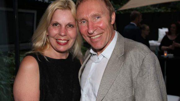 Chirurg Hans-Werner Peter mit Media- und Event-Expertin Regina Bellin.