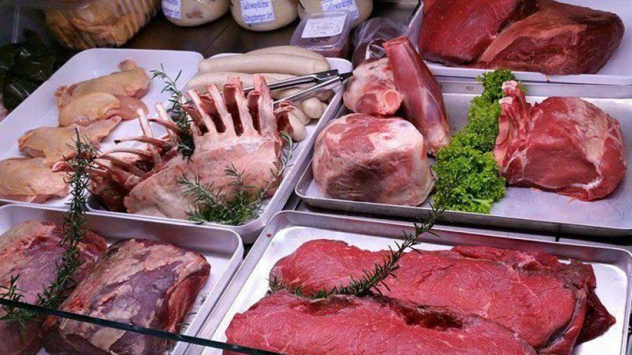 Frischer geht's nicht: Das Fleisch aus Dithmarschen kommt ohne Umwege nach Frohnau.