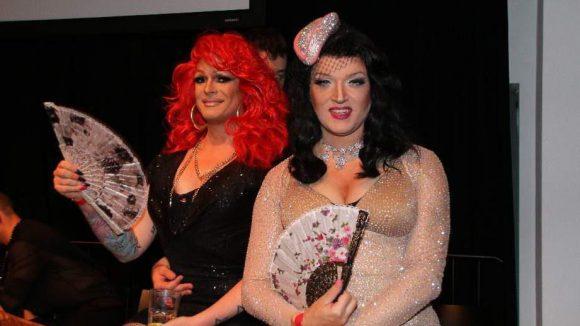 Die Drag Queens und Jury-Mitglieder Barbie Breakout (l.) und Sheila Wolf hatten auch Spaß.