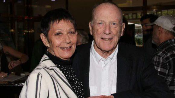 Süß die beiden: Der renommierte Drehbuchautor und Regisseur Wolfgang Kohlhaase mit seiner Ehefrau, der Tänzerin Emöke Pöstenyi.