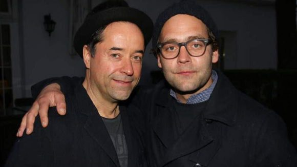 ... Schauspieler Jan Josef Liefers (links) und Musiker Bosse ...