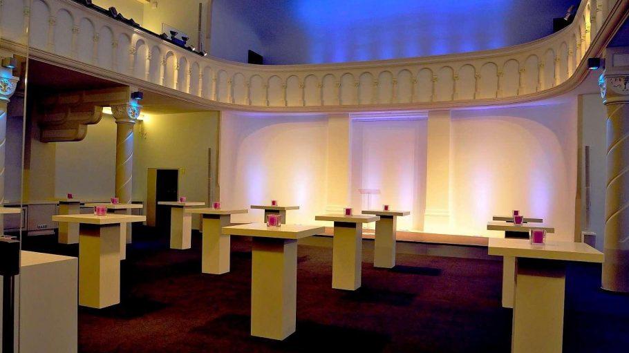 Lichtspiele. Die frühere Kirche der Neuapostolischen Gemeinde in Charlottenburg wurde zur Eventstätte umgebaut.