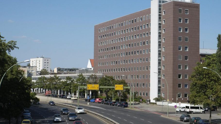 Das Gebäude der ehemaligen Landesbank Berlin (LBB) in der Bundesallee.