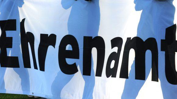 Das Bezirksamt unterstützt wieder engagierte FriedrichshainerInnen und KreuzbergerInnen.