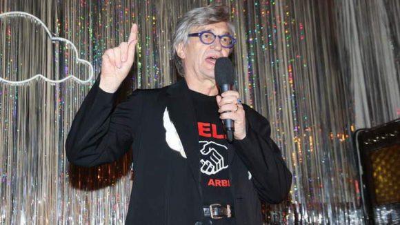 Großmeister Wim Wenders feierte in Clärchens Ballhaus seinen diesjährigen Berlinale-Ehrenbär.