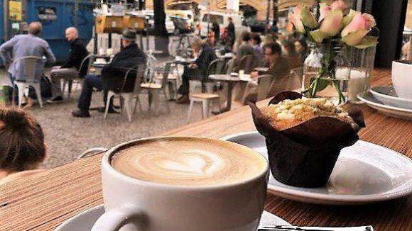 Kaffeeliebhaber können sich über den neuen Coffeeshop am Savignyplatz freuen: Coffee Drink Your Monkey.