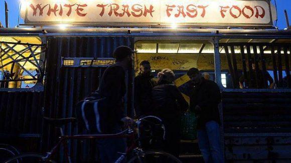 Aktuell in Treptow zu Hause: das White Trash.