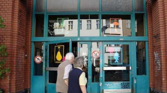 Bald soll man hier wieder gerne eintreten: Eisenbahn-Markthalle in Kreuzberg