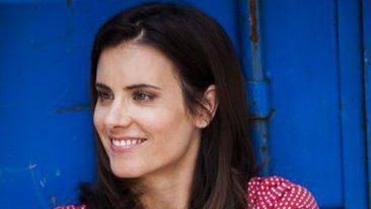 Ihr Gesicht ist vor allem bekannt aus zahlreichen TV-Serien, von 29.11. bis 8.12.13 ist die Schauspielerin am Theater am Kurfürstendamm zu sehen.