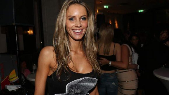 ... sowie Model Franziska Czurratis.